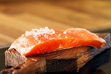 http://www.legourmet.com.hk/wp-content/uploads/2017/10/smoked-salmon-2.jpg